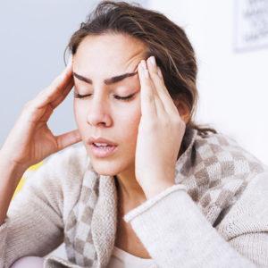 Как мигрени связаны с риском других заболеваний и как от них избавиться